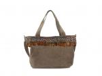 Grand sac à mainen cuir, plumes et galon (disponible seulement en gris)
