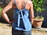 Débardeur bleu, 100% coton, nœud dans le dos