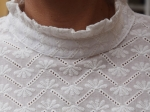 Top 100% coton, broderies, blanc (S)