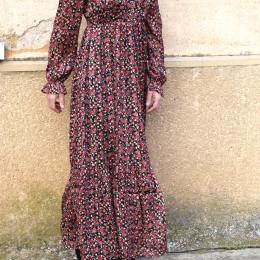 Robe longue fleurie, habillée
