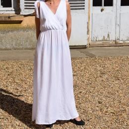 Robe longue taille unique, blanche