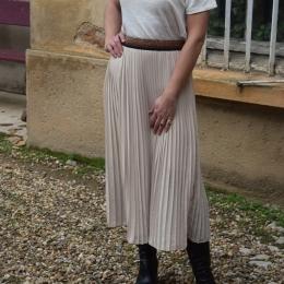 Jupe plissée mi-longue beige