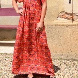 Robe longue, taille unique, fleurie rouge
