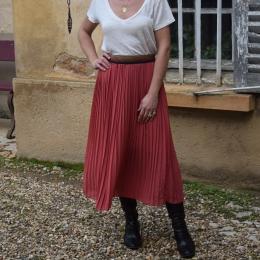 Jupe plissée mi-longue rose