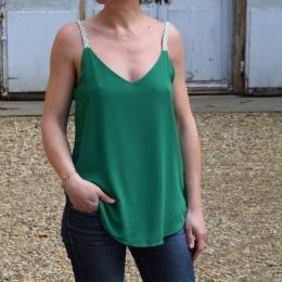 Débardeur vert (S/M ou M/L))